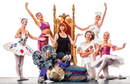 Members of the 25th anniversary cast of San Pedro City Ballet's production of The Nutcracker (photo: George Simian)
