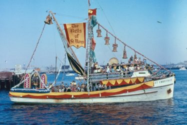 Photo of a fishing boat decorated for the Fiesta. (photos: courtesy Los Angeles Maritime Museum)